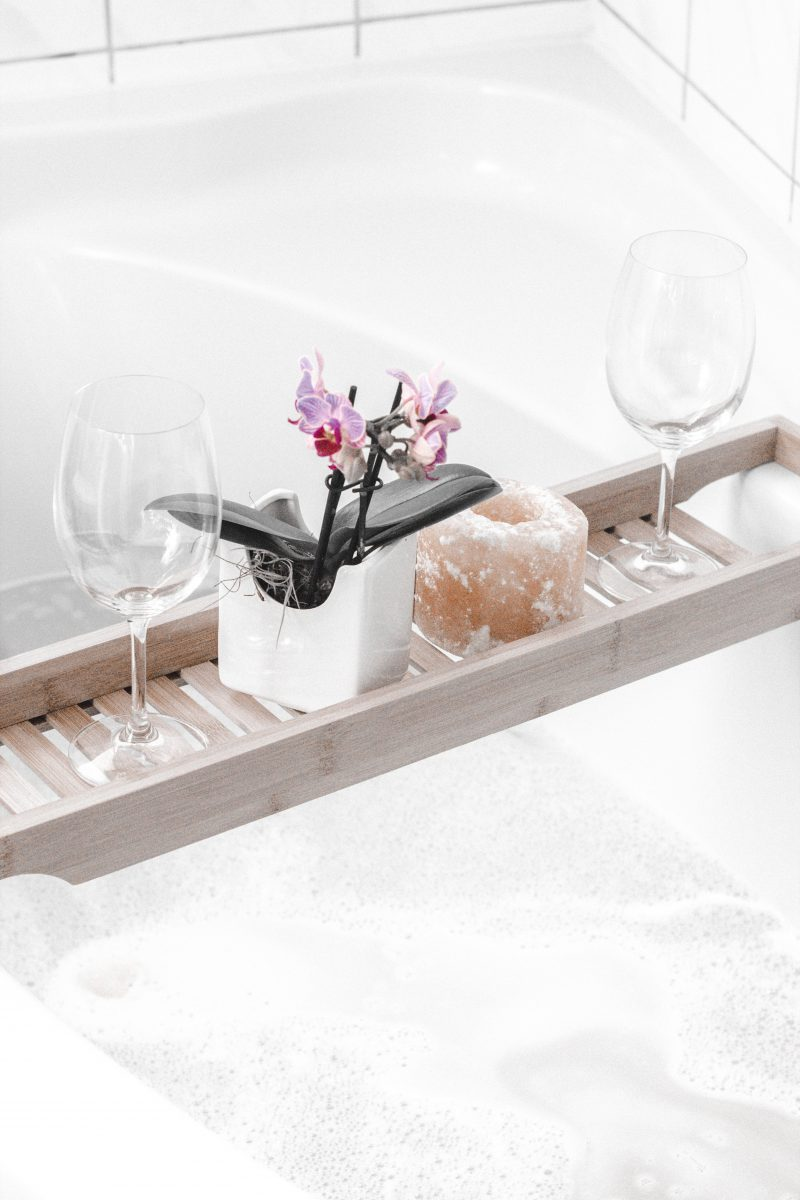 Få luksus badekarret tilbage med maling af badekar